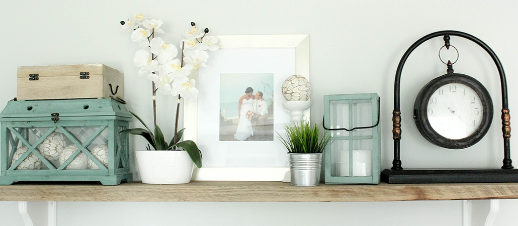 Coastal Cottage Bedroom Shelf