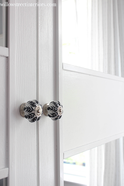 closet door knobs