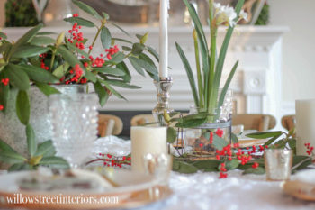Easy Thanksgiving Table That Will Transition to Christmas Too!