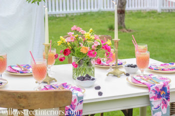 A Pretty Mother's Day Tablescape