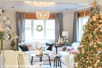 A Cozy Christmas Living Room