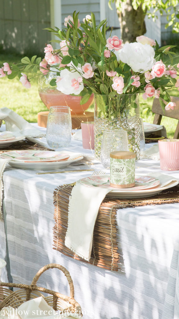 Summer Tablescape Idea